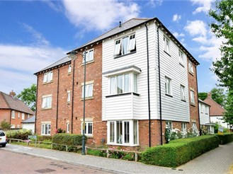 1 bedroom second floor apartment in Kings Hill, West Malling