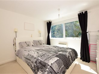 2 bedroom first floor flat in Hornchurch