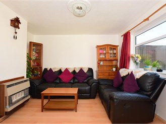 3 bedroom semi-detached house in Willesborough, Ashford