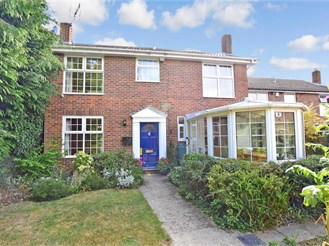 6 bedroom detached house in Ulcombe, Maidstone