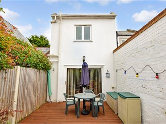 3 bedroom semi-detached house in St. Peters, Broadstairs