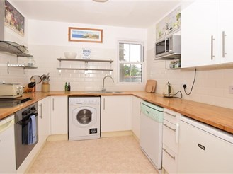 2 bedroom top floor converted flat in Walmer, Deal