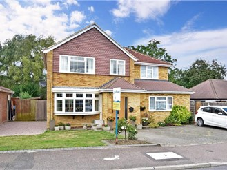 4 bed detached house in East Malling