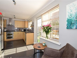 4 bedroom end of terrace house in Coxheath, Maidstone