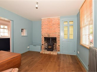 2 bedroom end of terrace house in New Romney