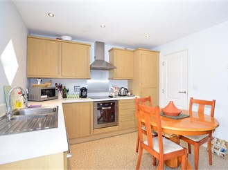 2 bedroom first floor flat in Ramsgate