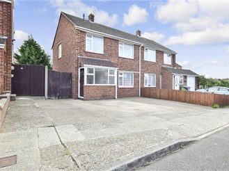 3 bedroom semi-detached house in Sittingbourne