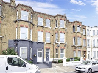 2 bedroom ground floor converted flat in Cliftonville, Margate