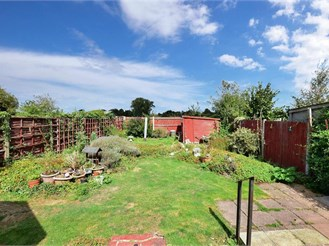 2 bedroom semi-detached bungalow in Rainham, Gillingham