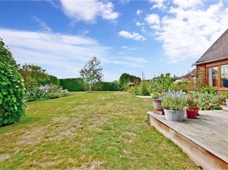 4 bedroom detached house in Ulcombe, Maidstone