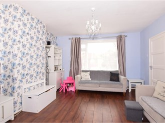 3 bedroom end of terrace house in Rochester