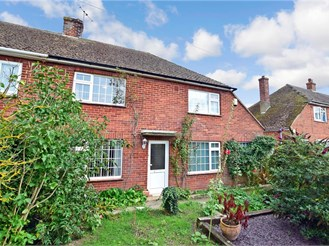 3 bedroom semi-detached house in Wingham, Canterbury