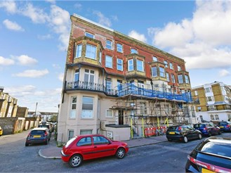 2 bedroom first floor converted flat in Cliftonville, Margate