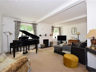 5 bedroom detached house in Loose, Maidstone