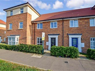 3 bedroom terraced house in Aylesham, Canterbury