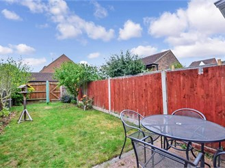 2 bedroom terraced house in Larkfield, Aylesford