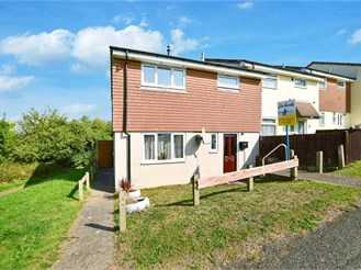 3 bedroom end of terrace house in Chatham