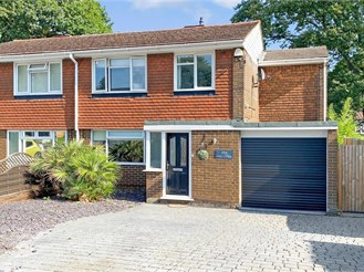 4 bedroom semi-detached house in Parkwood, Gillingham