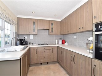 2 bed park home in Biddenden, Ashford