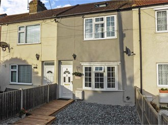 3 bedroom terraced house in Minster On Sea, Sheerness