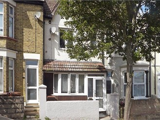 2 bedroom terraced house in Gillingham