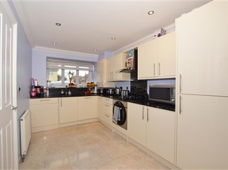 3 bedroom end of terrace house in Broadstairs