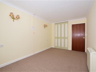 1 bedroom first floor retirement flat in Ramsgate