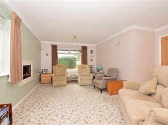 4 bedroom detached house in Wigmore, Gillingham