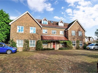 2 bedroom ground floor apartment in Tonbridge