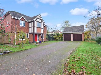 5 bedroom detached house in Sturry, Canterbury