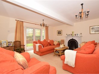4 bed detached house in Loose, Maidstone