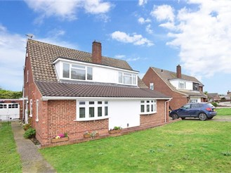 3 bedroom semi-detached house in Strood, Rochester