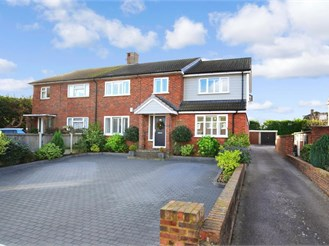 5 bedroom semi-detached house in Walmer, Deal
