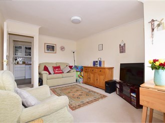 1 bed first floor apartment in Sutton