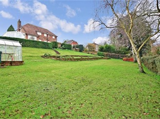 4 bed detached house in Higham, Rochester