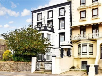 1 bedroom lower-ground floor flat in Ramsgate