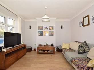 3 bedroom terraced house in Rushenden, Sheerness