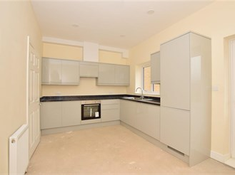 5 bedroom terraced house in Sheerness