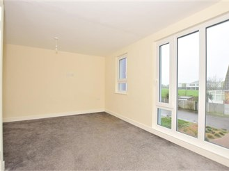 5 bedroom end of terrace house in Sheerness