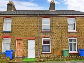 3 bedroom terraced house in Sittingbourne