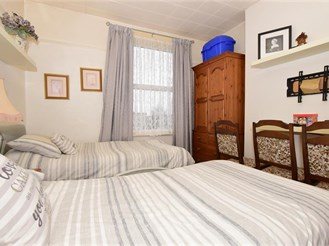 3 bed end of terrace house in Westbrook, Margate