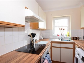 1 bedroom first floor flat in Chatham