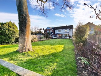 5 bed detached house in Sutton Valence, Maidstone