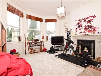 4 bed character property in Tunbridge Wells