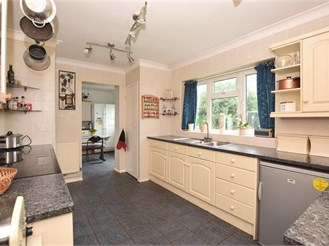 5 bedroom chalet bungalow in St Nicholas At Wade, Birchington
