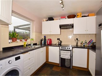 3 bed semi-detached house in Littlestone