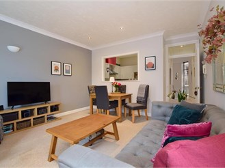 2 bedroom first floor apartment in East Malling, West Malling