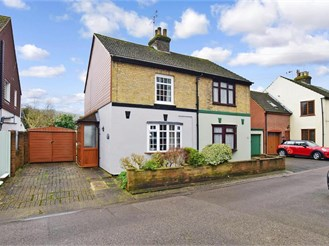 3 bed cottage in River, Dover