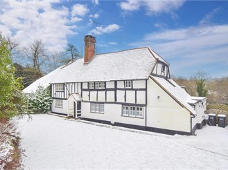 4 bedroom character property in West Hoathly