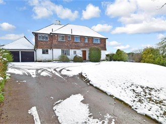 4 bedroom detached house in Eynsford
